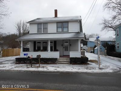 Single Family Home For Sale: 1801 Main St