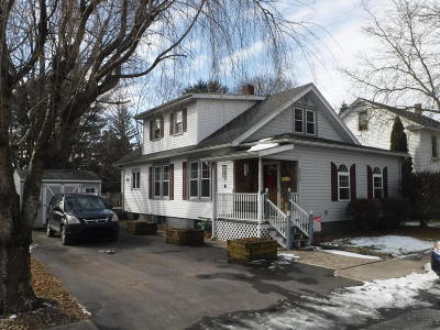 Single Family Home For Sale: 536 W Mahoning St