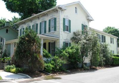 Single Family Home For Sale: 839 Chestnut St