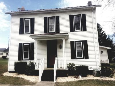 Single Family Home For Sale: 30 3rd St