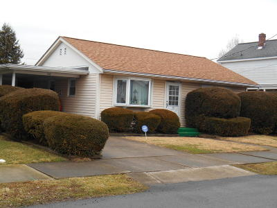 Berwick PA Single Family Home For Sale: $110,000