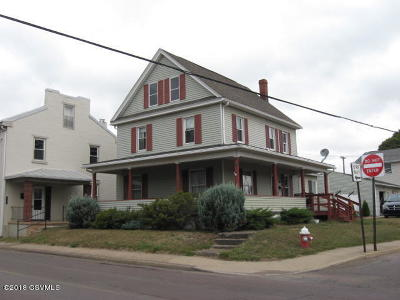 Bloomsburg PA Single Family Home For Sale: $134,900