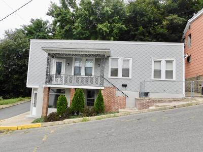 Shamokin PA Single Family Home For Sale: $73,900