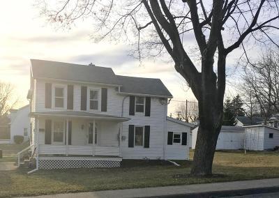 Single Family Home For Sale: 633 Penn Street