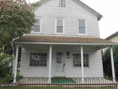 Single Family Home For Sale: 325 W 3rd Street