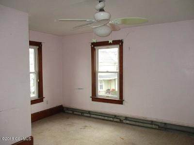 Bloomsburg Single Family Home For Sale: 99 Walnut Street