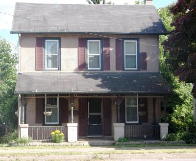 Single Family Home Active Contingent: 404 E Front Street