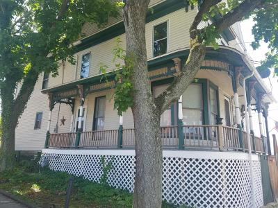 Single Family Home For Sale: 51 N Diamond Street