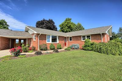 Single Family Home For Sale: 40 Robb Lane