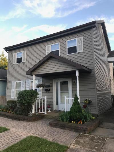 Single Family Home For Sale: 213 E Walnut Street