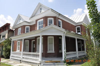 Single Family Home For Sale: 311-315 Front Street