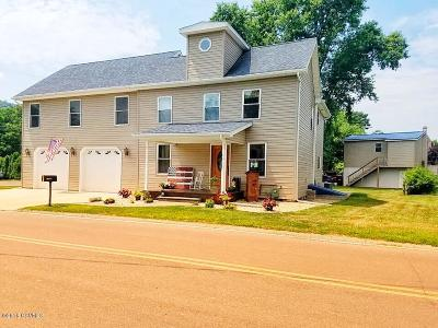 Bloomsburg Single Family Home For Sale: 103 Ridge Street