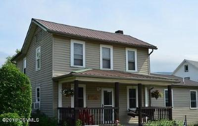 Single Family Home For Sale: 85 Maple Street