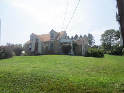 Bloomsburg PA Single Family Home Active Contingent: $159,900