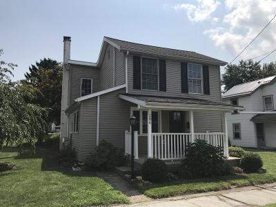Bloomsburg PA Single Family Home Active Contingent: $136,000