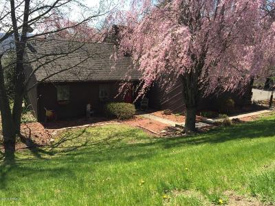 Bloomsburg Single Family Home For Sale: 750 E 4th Street