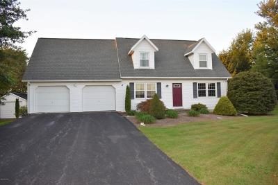 Single Family Home For Sale: 6 Mulberry Court