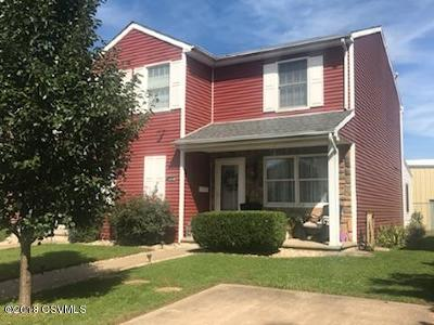Single Family Home For Sale: 909 Iron Street
