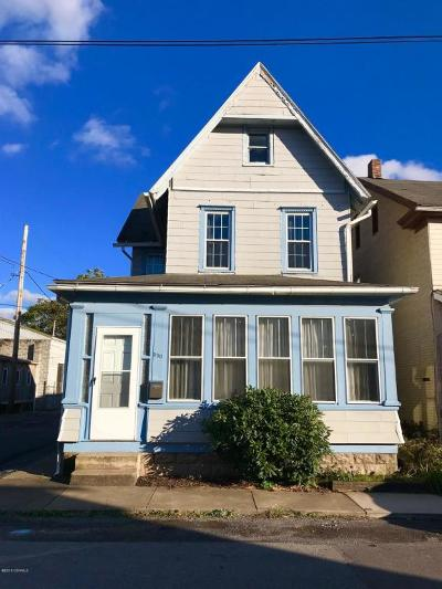 Single Family Home For Sale: 530 N 3rd Street