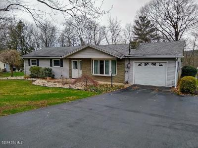 Bloomsburg Single Family Home For Sale: 105 Hemlock Lane