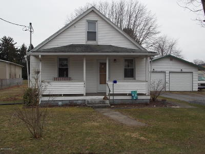 Mifflinville PA Single Family Home Active Contingent: $129,900