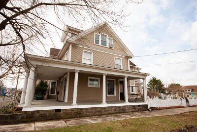 Single Family Home For Sale: 237 E 3rd Street