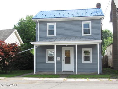 Single Family Home For Sale: 444 W Mahoning Street