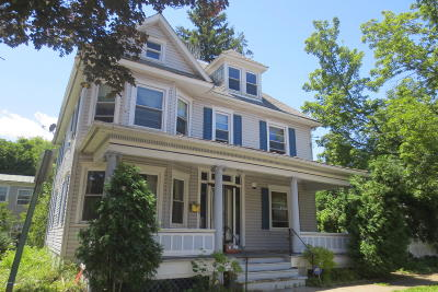 Single Family Home For Sale: 440 Iron Street