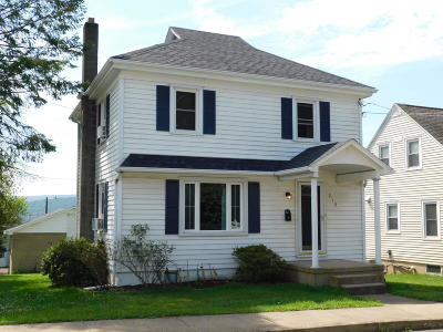 Bloomsburg PA Single Family Home For Sale: $159,900