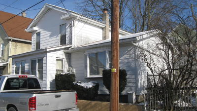 Berwick PA Single Family Home For Sale: $49,000