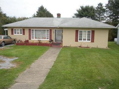 Elk County Single Family Home For Sale: 917 S St Marys