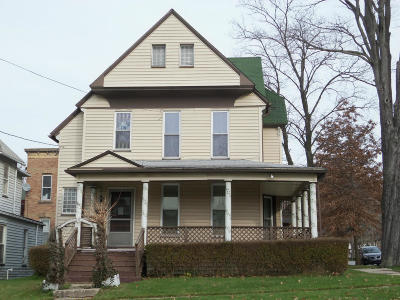 Single Family Home For Sale: 25 South Broad