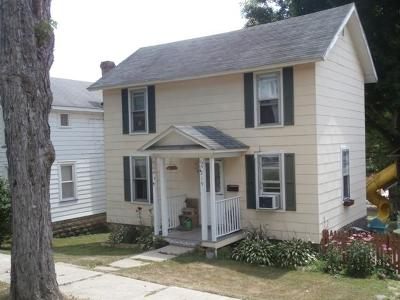 Emporium Single Family Home For Sale: 219 E 5th St