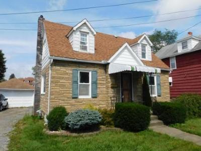 Elk County Single Family Home For Sale: 153 East Oilwell St