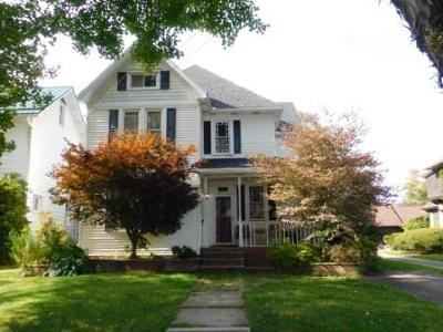 Elk County Single Family Home For Sale: 404 Center St