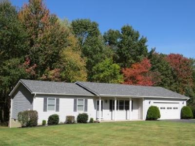 Elk County Single Family Home For Sale: 309 South Ridge Rd