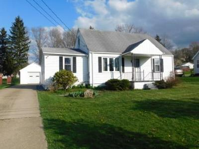 Elk County Single Family Home For Sale: 157 Hemlock Rd