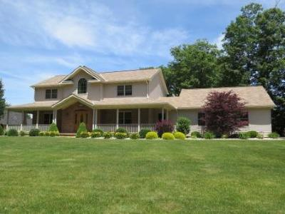 Elk County Single Family Home For Sale: 350 S Ridge Rd