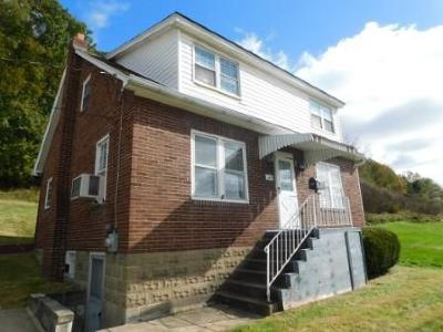 Johnsonburg Single Family Home For Sale: 208 Fairview Ave