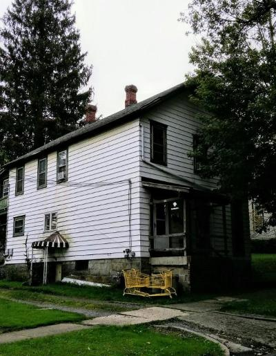 Elk County Multi Family Home For Sale: 19 Elk Ave