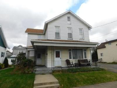 Elk County Single Family Home For Sale: 203 Columbus St