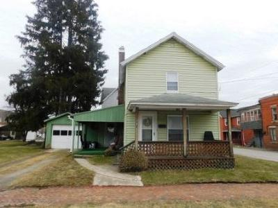 Johnsonburg Single Family Home For Sale: 200 Cushing Ave