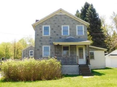 Elk County Single Family Home For Sale: 1058 E Eschbach Rd