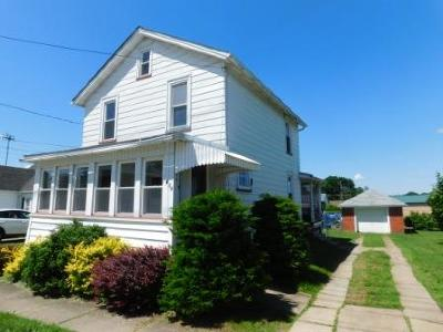 Elk County Single Family Home For Sale: 414 Rock St