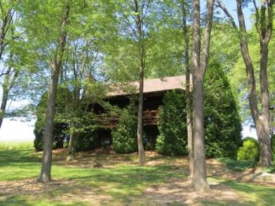 Elk County Single Family Home For Sale: 5674 Montmorenci Rd