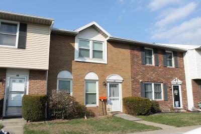 Luzerne County Condo/Townhouse For Sale: 64 Woodcrest Ct