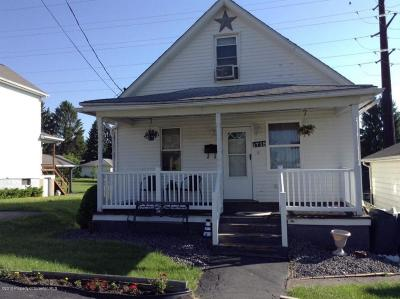 Lackawanna County Single Family Home For Sale: 1718 Bundy St