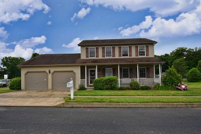Luzerne County Single Family Home For Sale: 203 Jean Circle