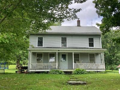 Dalton PA Single Family Home For Sale: $147,000