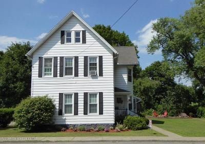 Lackawanna County Single Family Home For Sale: 106 Gibson St
